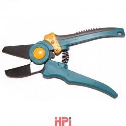 Nožnice APU na úpravu PVC líšt